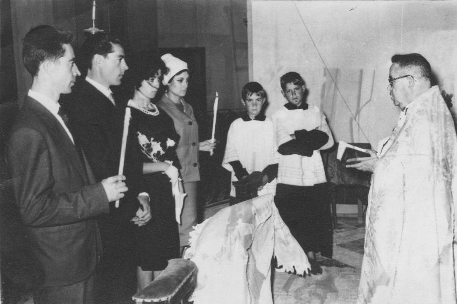 Matrimonio Catolico Tradicional : Un siglo de iglesia en benalup casas viejas ritos