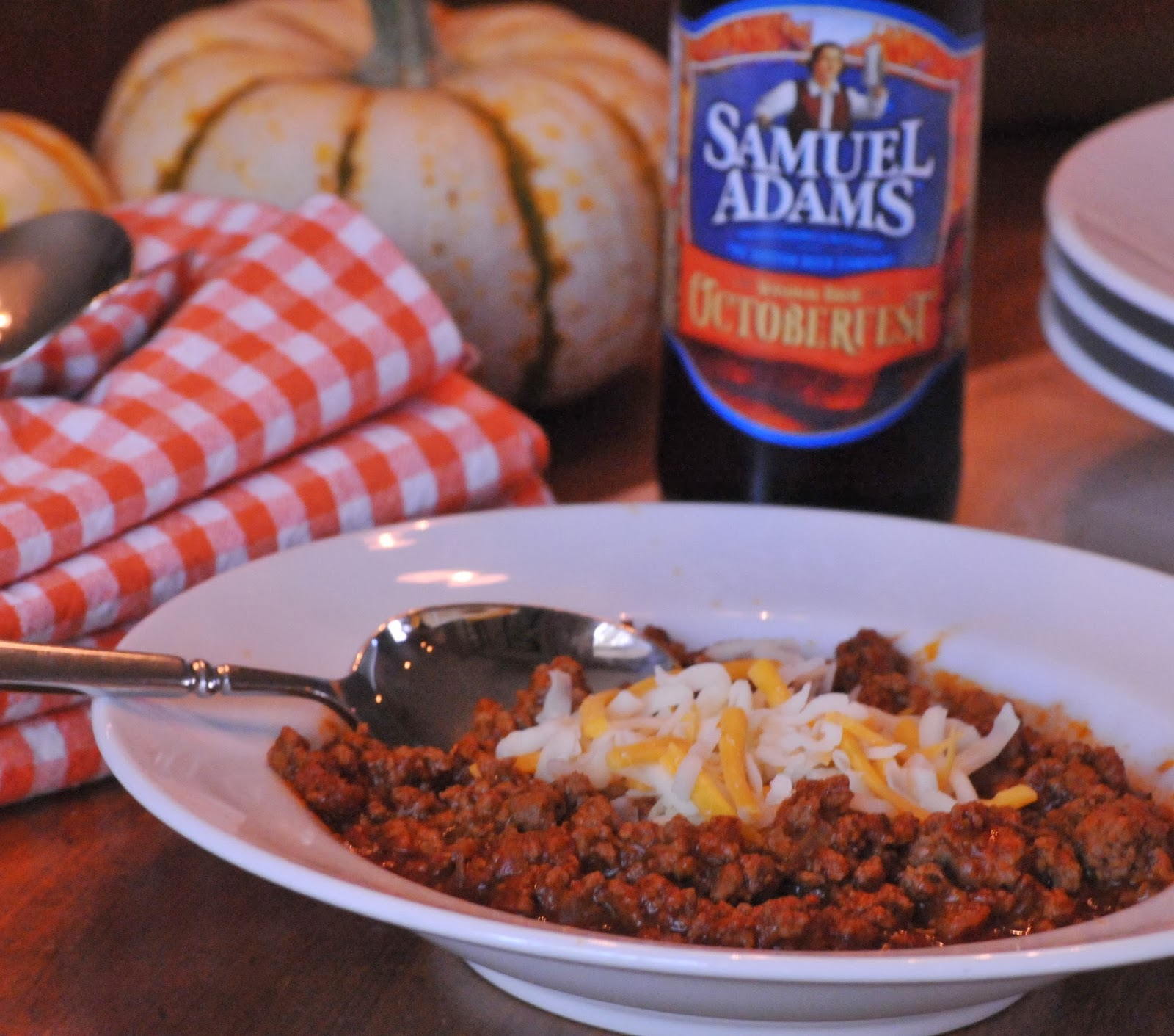 ... Halloween + Recipe | Homemade Patriotic Costume | 5 Spice Beer Chili