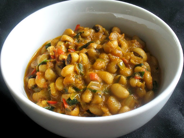 black eyed peas with tamarind and coconut milk