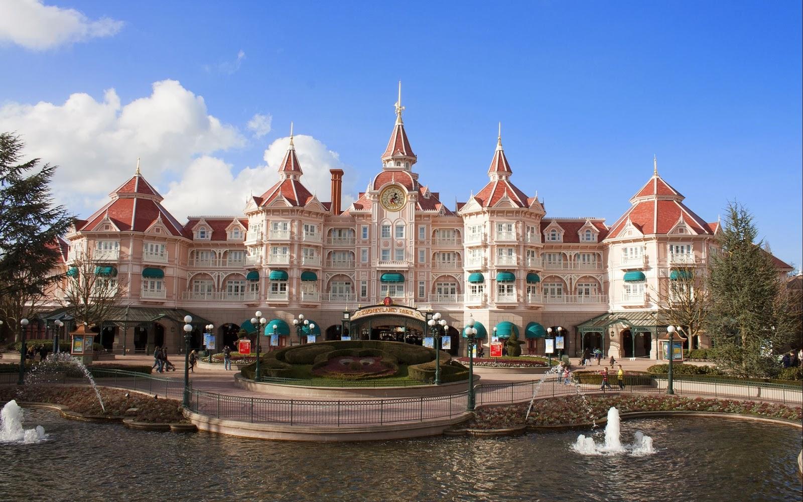 Disneyland Paris Castle Hotel