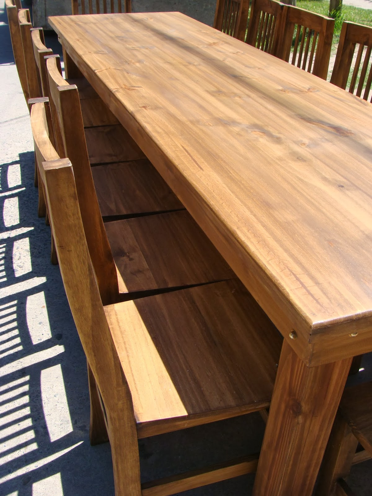 Combos de mesas y sillas para quincho estilo campo for Sillas para quincho
