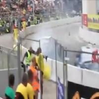Fotógrafo é atingido em acidente de corrida