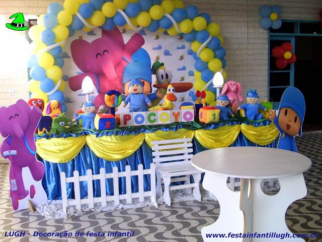 decoração de festa infantil com o tema Pocoyo para aniversário de meninos e meninas