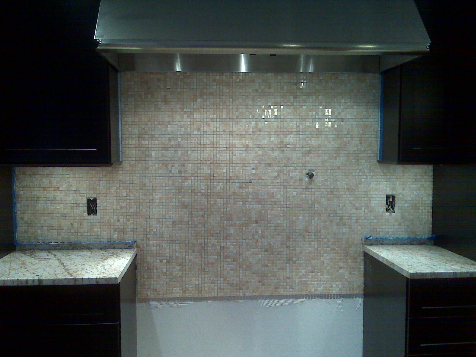 How to Put Up Backsplash
