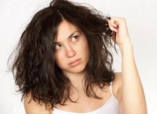 Cara agar rambut tidak mengembang dengan bahan alami