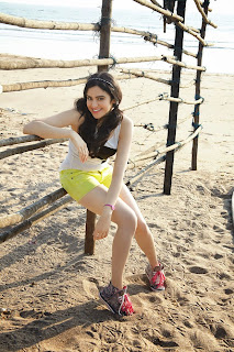 Adah Sharma in Spicy Cute Shorts Pics