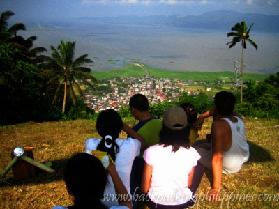 laguna lake de bay view from talong krus