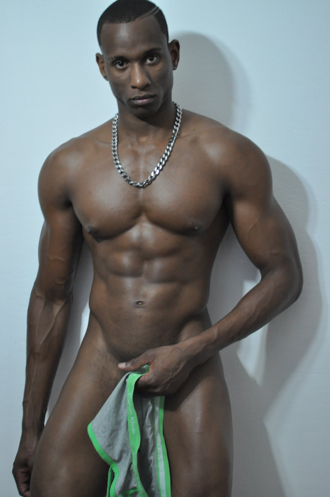 naked amature black man