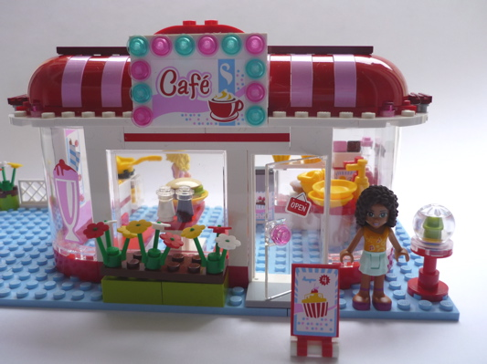 La bo te bazar caf lego friends for Lego friends salon de coiffure