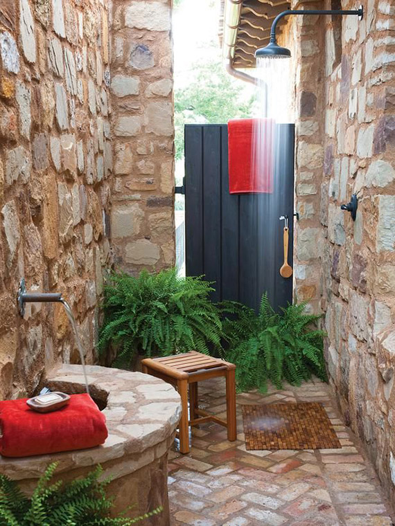 Outdoor shower | Image by Dan Piassick via HGTV