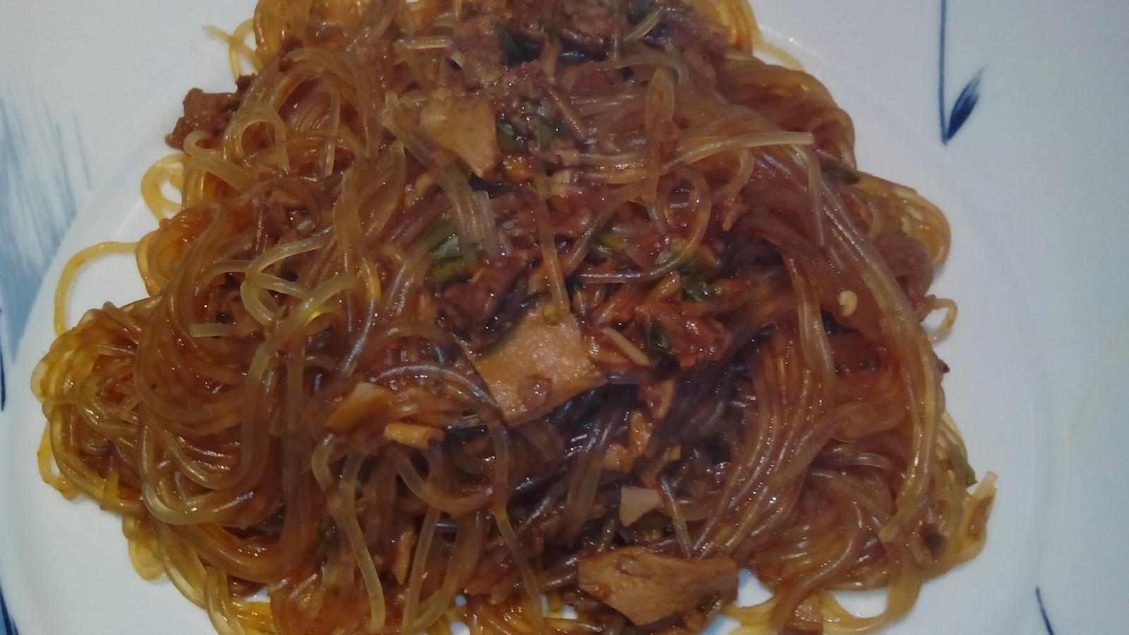 spaghetti di soia ai funghi porcini