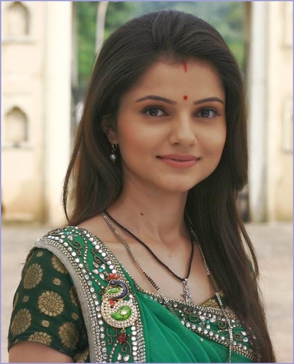 Television Actress Gallery: Rubina Dilaik