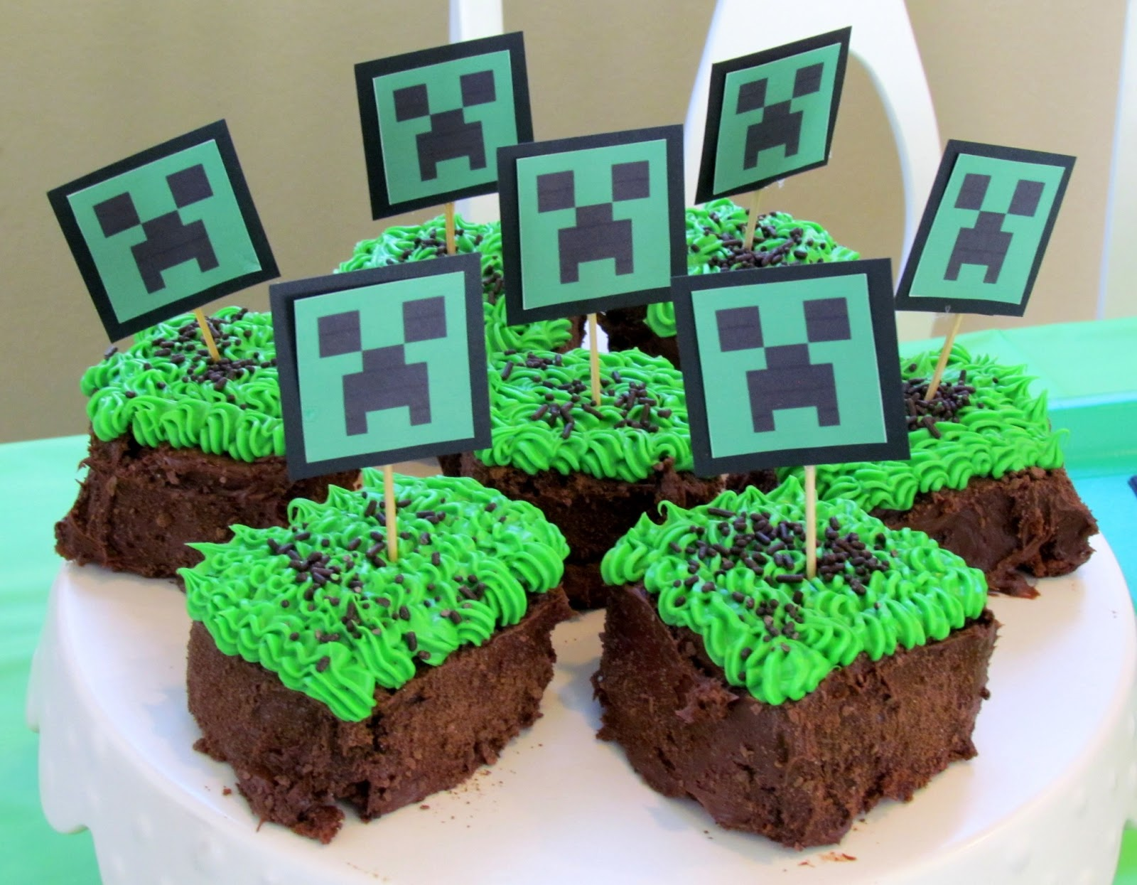 Party Minecraft Style Ribbons amp Glue