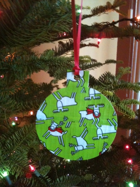 Duct Tape Christmas Ornaments - Crafty Soccer Mom: Duct Tape Christmas Ornaments