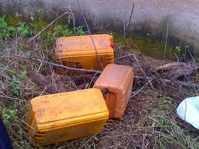 Electric fence shocks a man a thief to death