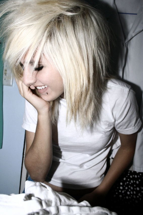 Cute Emo Hairstyles For Medium Hair Pics Of Emo Hairstyles