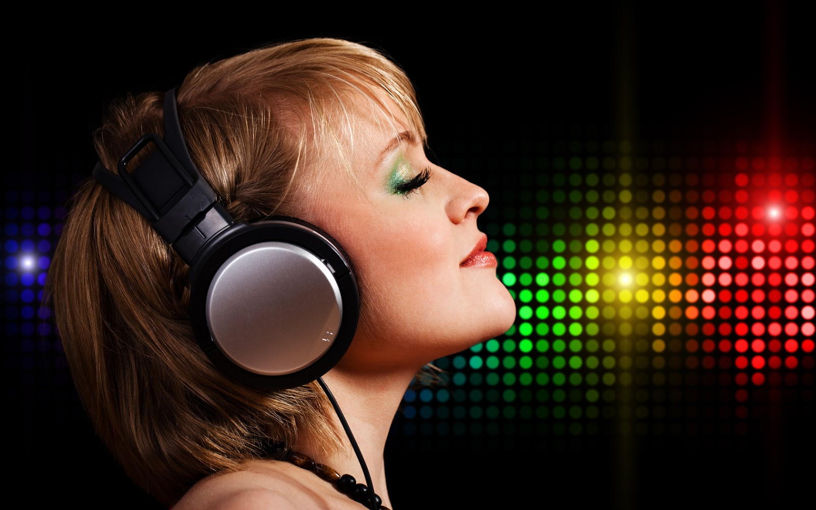 http://4.bp.blogspot.com/-S3W-QoG_83k/UOLz2uIZdbI/AAAAAAAAB4U/veWxXz3rC-g/s1600/Girls+HD+Desktop+Wallpaper.jpg