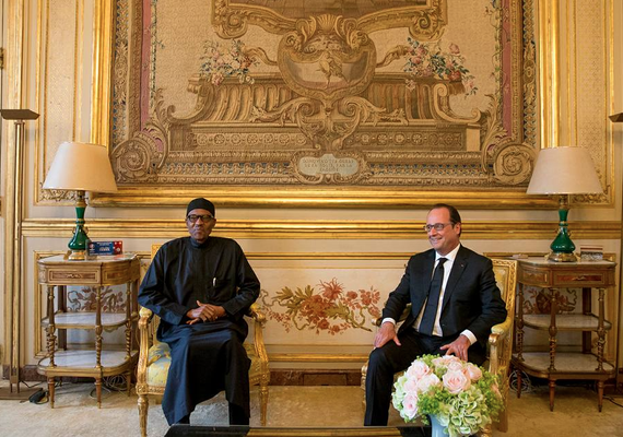 Photo Speaks: Buhari meets president Hollande in France