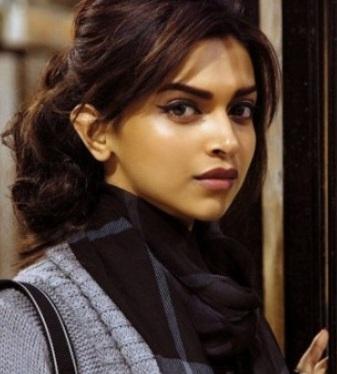 Addicted to Blush: Deepika Padukone's Makeup in Cocktail