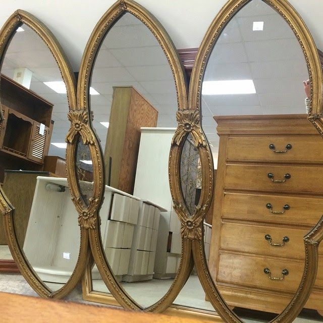 #thriftscorethursday Week 40 | Instagram user: ashley_biggerthanthethreeofus shows off this Ornate Mirror