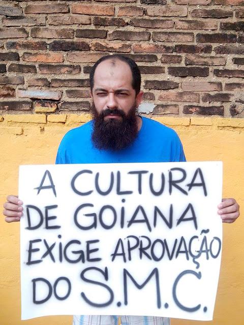 http://www.blogdofelipeandrade.com.br/2015/12/artistas-e-agentes-culturais-exigem-dos.html