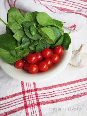 spinach_tomato_garlic