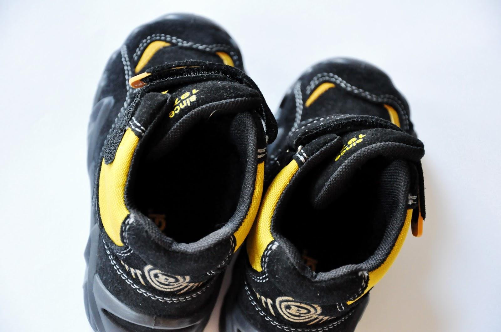 детские демисезонные ботинки primigi