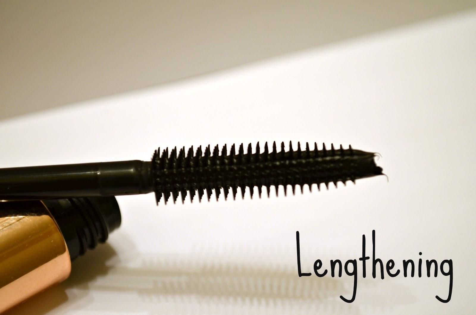 Flower zoom in ultimate mascara review the budget beauty blog flower zoom in ultimate mascara review izmirmasajfo