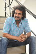Upendra latest stylish photos-thumbnail-11