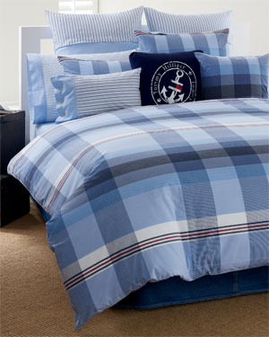 For The Best Prices, You Can Buy These Bed Sets At RueLaLa.com,  Beddingstyle.com, Macys.com, And Overstock.com.