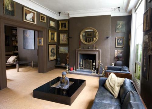 Through the french eye of design the mantle 39 s for Georgian living room ideas