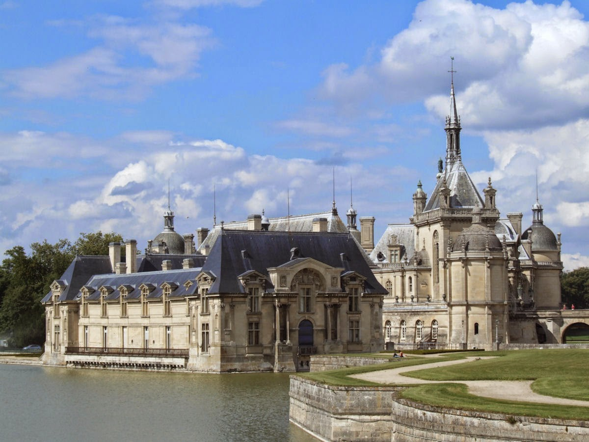 Chateau_de_Chantilly_001.jpg
