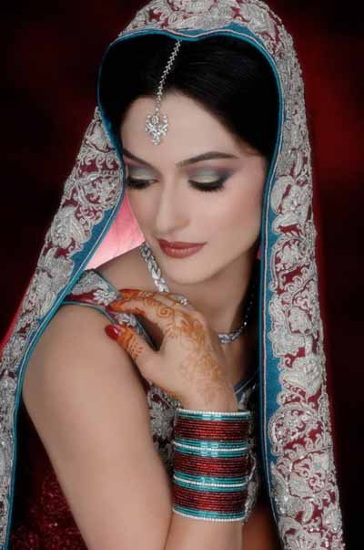 Bridal Makeup Ki Photo : Fashion Point: 2013 Latest Bridal Make Up With Jewelry