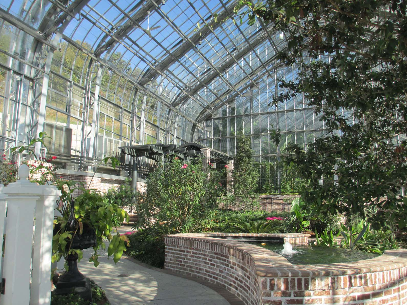 The Impressive 5,300 Square Foot Temperate House At The Marjorie K.  Daugherty Conservatory In Omaha, Filled With Plants That Are Not Quite  Hardy Enough To ...