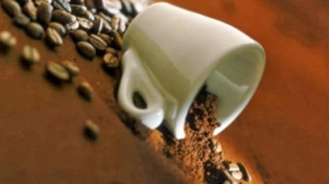 10 ιδιοφυή πράγματα που μπορείς να κάνεις με το κατακάθι του καφέ σου...