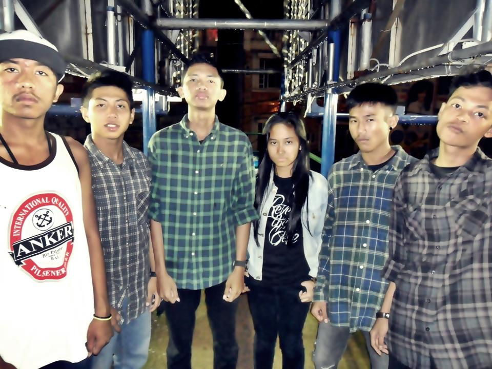 NicoTine Band Post Hardcore Screamo Palembang Sumatera Selatan with Female Vocal Foto Personil Wallpaper