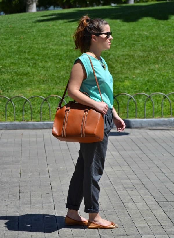 look_primavera_camiseta_verde_agua_bailarinas_purpurina_nudelolablog_05