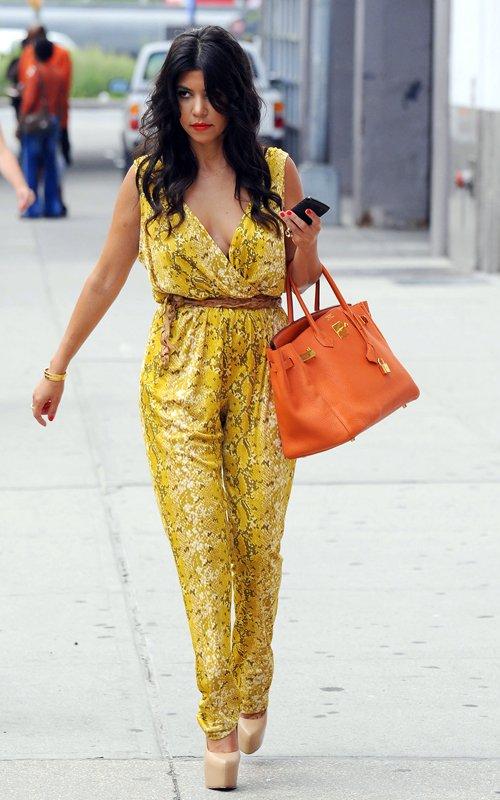 Kourtney Kardashian Style Review Womens Interests