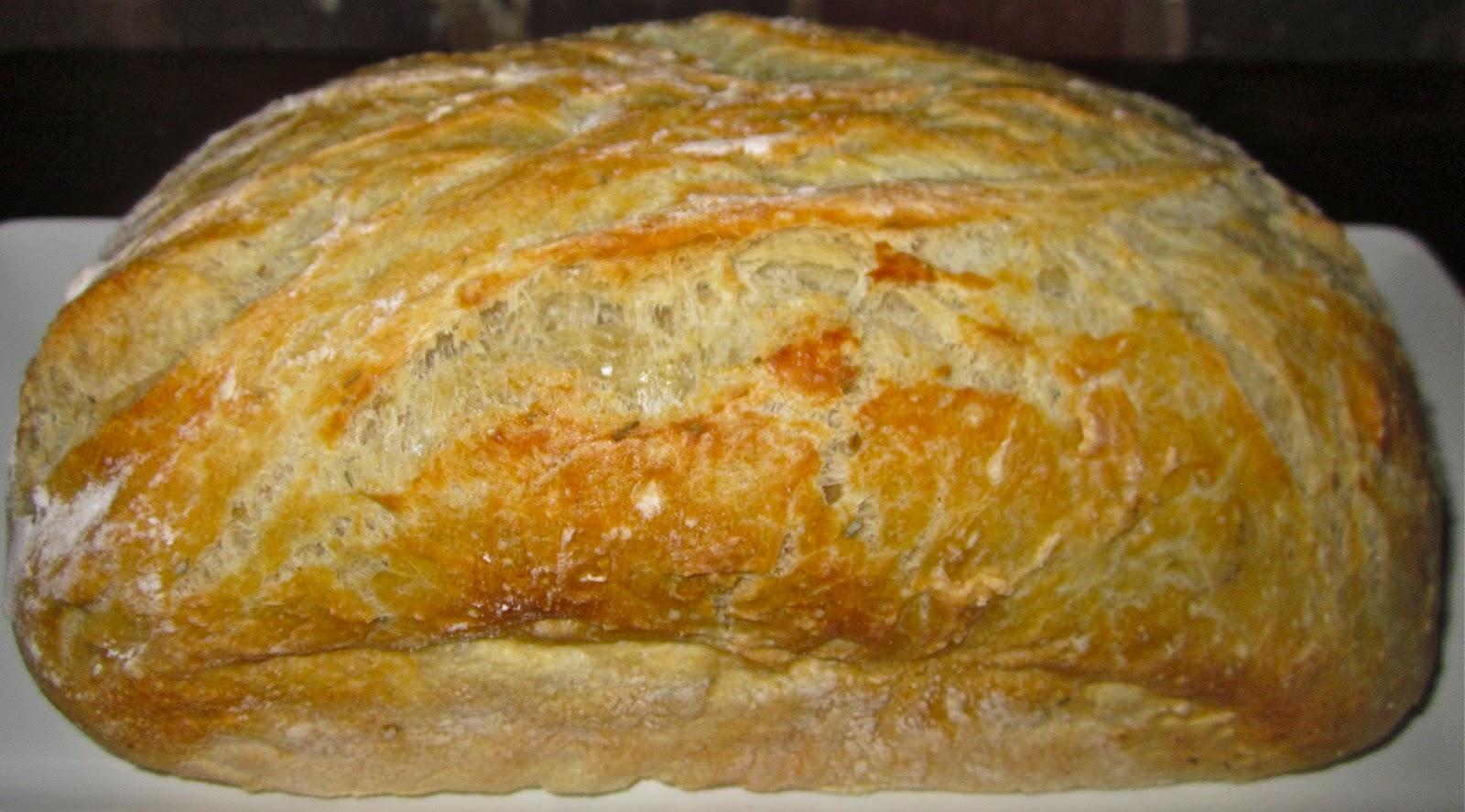 Homemade Roasted Garlic-Parmesan Bread