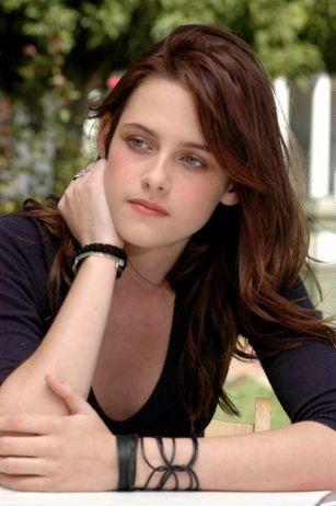 Kristen Stewart hot image