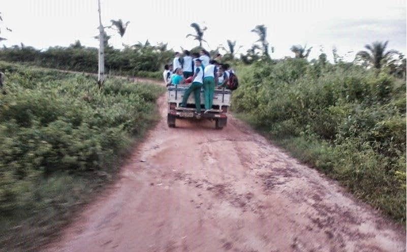 Trizidela do Vale também transporta alunos em pau de arara