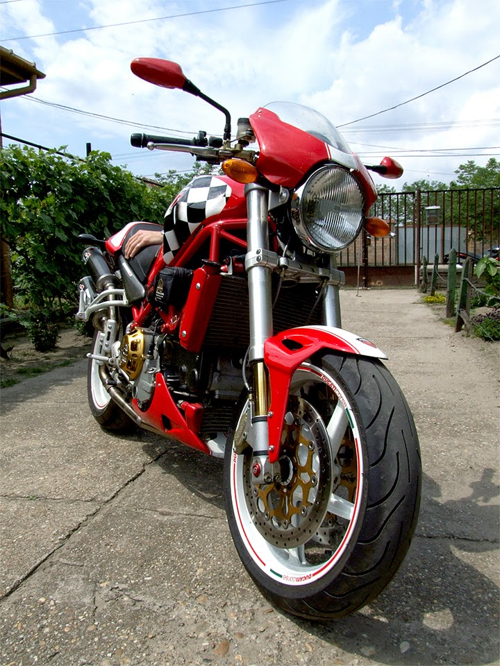Ducati Monster S4R Modified