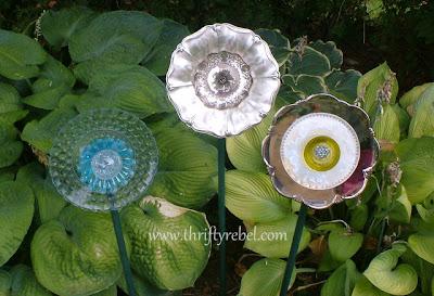 garden-plate-flowers