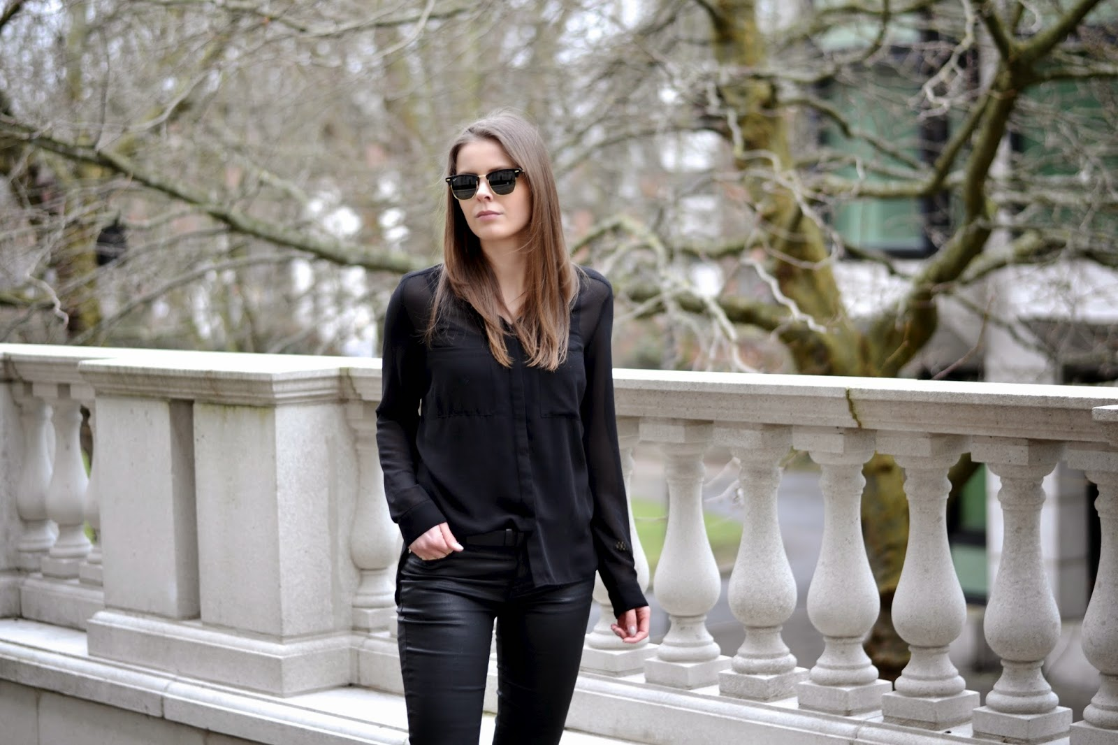 All Black Rayban Stuart Weizman Shoes Street Style