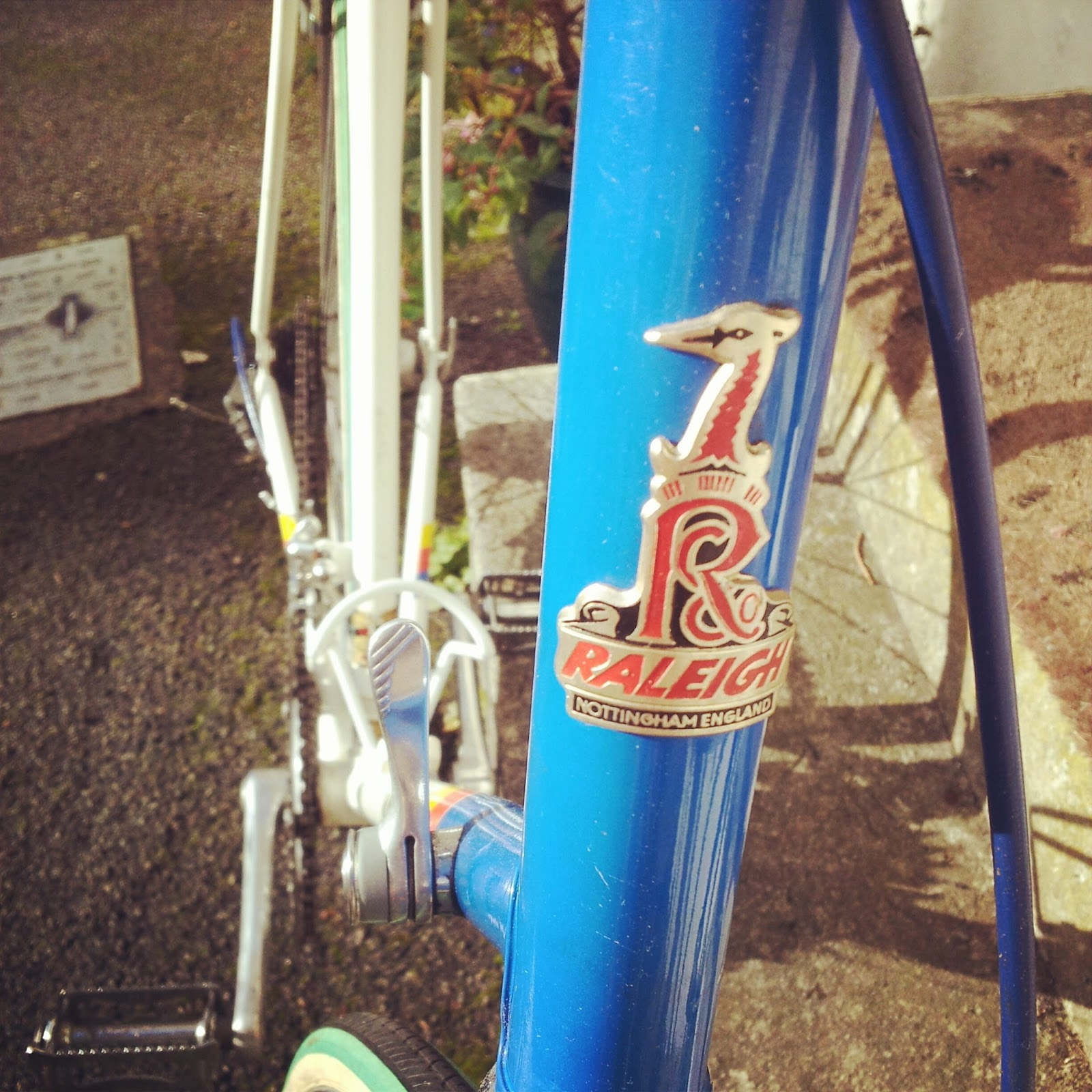 vintage team panasonic raleigh road bike