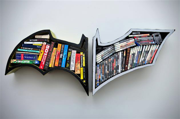 Batman Bookshelf 630 x 418