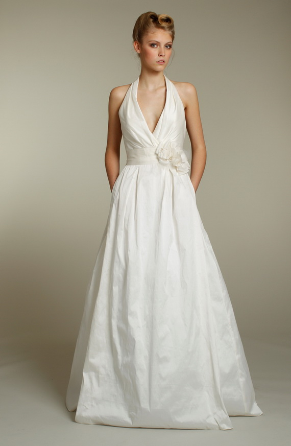 Off White Wedding Dresses : Fashion world off white wedding dresses