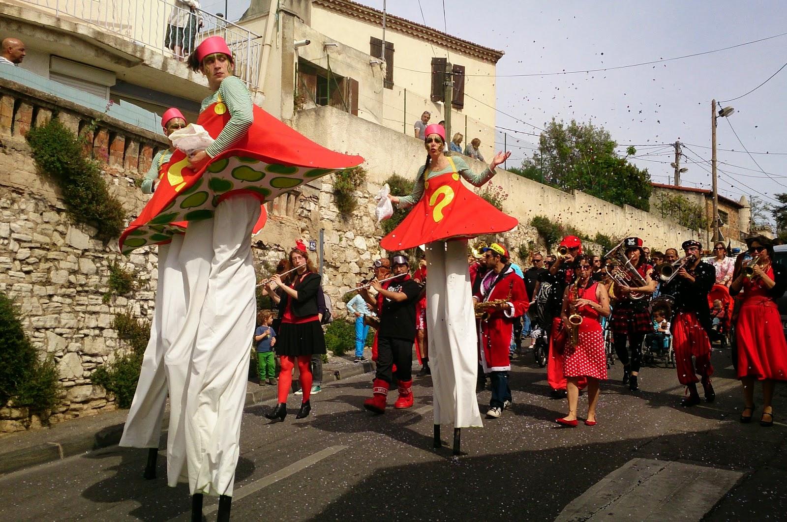 La Fanfare Tahar Tag'l au Carnaval de l'Estaque 2015 à Marseille le Samedi 18 Avril !