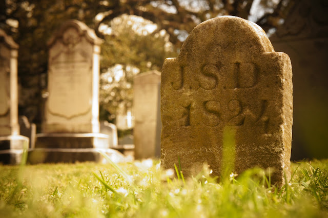 pictures of epitaphs in a cemetery