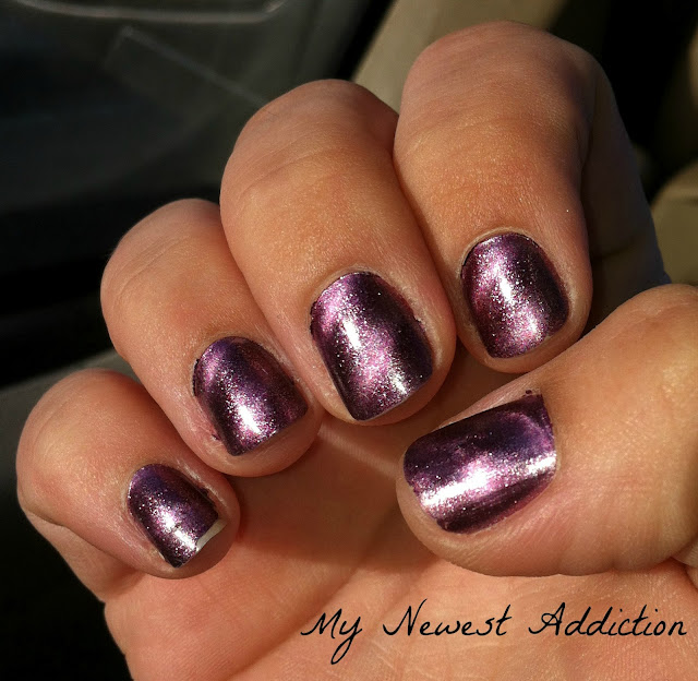 Manic(ure) Monday: Layla Magneffect in Fucsia Sky - My Newest Addiction
